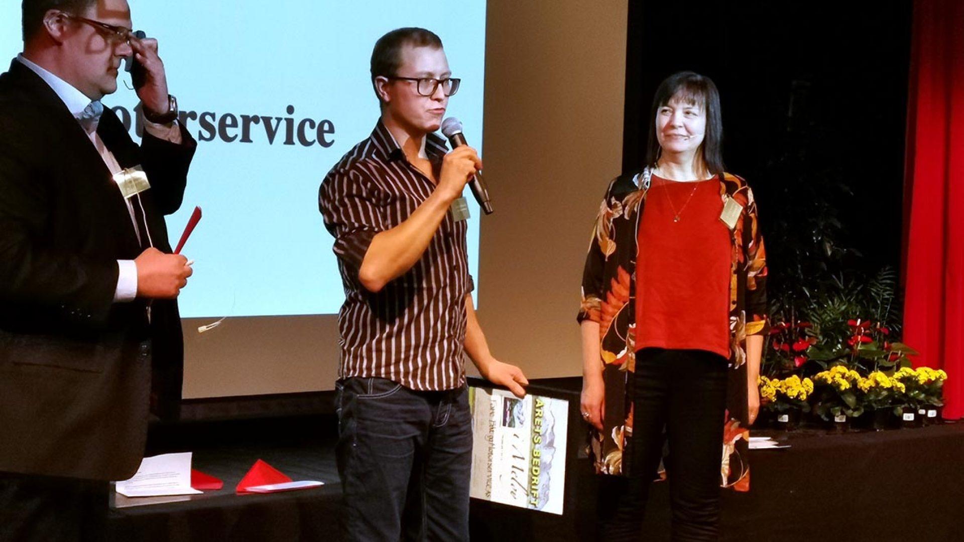 Meløy Næringsforum deler ut pris for årets bedrift